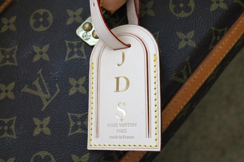 Louis-Vuitton-personalized-tag